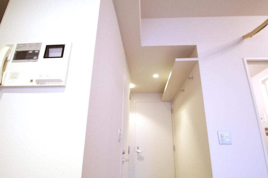 住み替えよりも、リフォームの実施で永く暮らせる住まいに。天井の圧迫感も解消したい