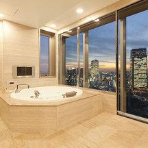 もっと広いお風呂がほしい。広がる景色もできるだけ取り入れたい